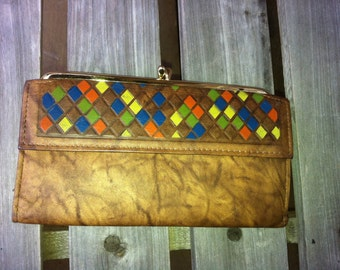 """vintage wallet Amity cowhide colored  diamonds 7"""" by 4"""" closed vintage new"""