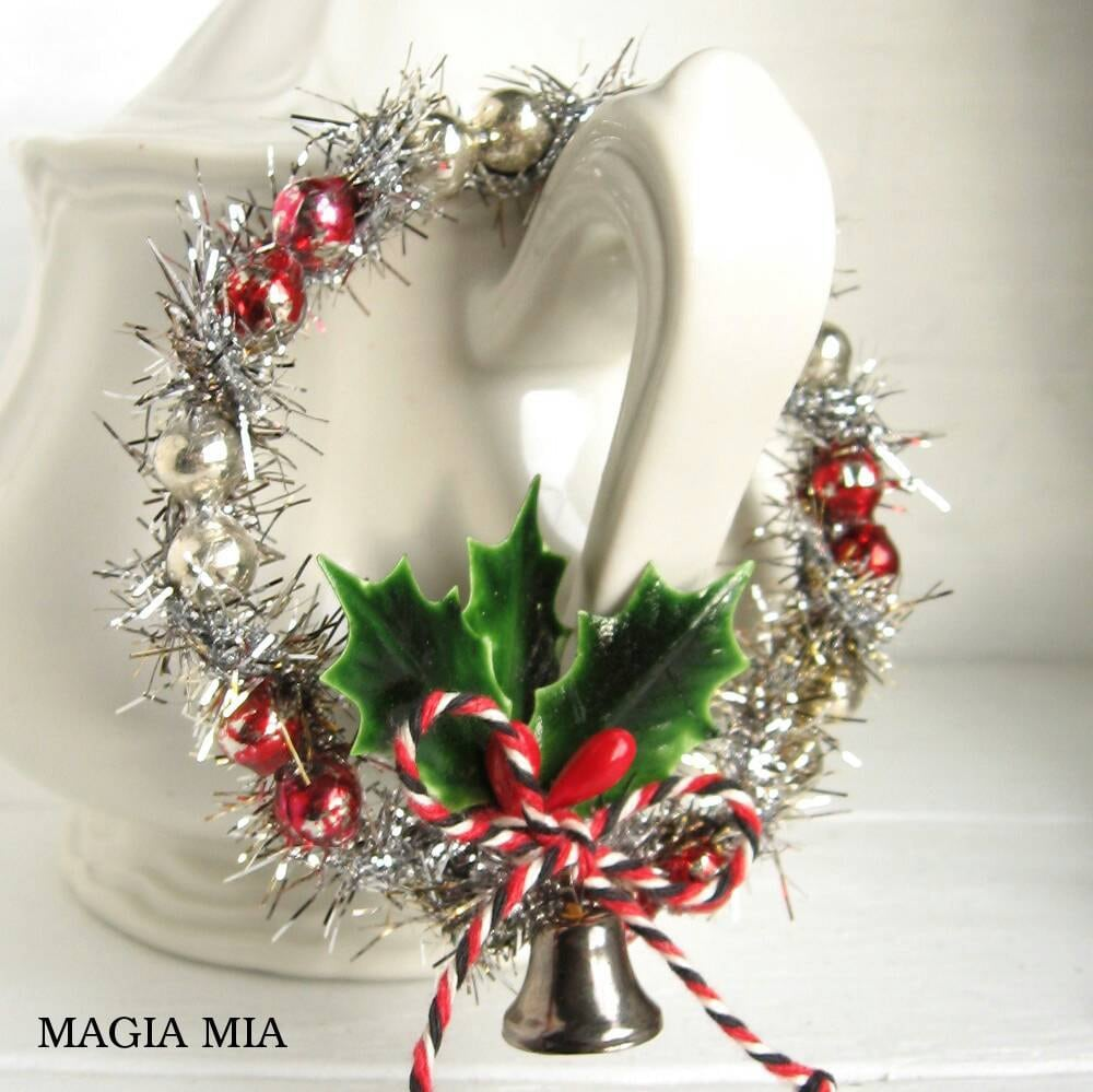 3 Mercury Bead Tinsel Mini Wreaths Christmas Tree Ornaments Gift Tag Tie On Holly Bell Red Silver Glass Beads