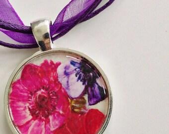 Anemone Pendant - flower pendant