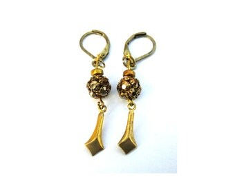 Dangle earings made of vintage Swarovski ball beads, vintage metal findings and ceramic new bead