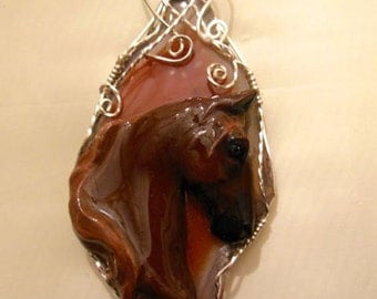 Wire Wrapped Saddlebred Horse On Agate Slice Pendant