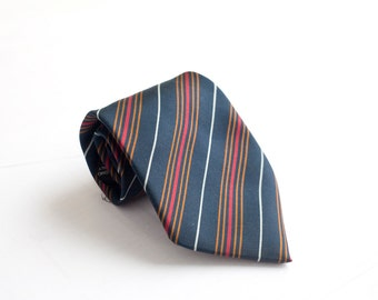 Men's Necktie / Vintage Italian Silk Striped Tie