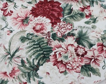 1930s floral fabric / 1930s curtains / 1930s floral chintz / 1930s textiles / dahlias and ferns