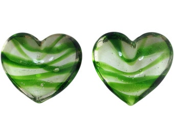 Transparent Dark Green Striped Glass Hearts  25x22mm (2) gyb012M