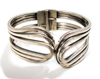 SALE! 1950s Rame Bracelet, Silver Tone Clamper Bracelet, Silver Plated Copper Bracelet, Renoir Design 'Rhthym' Bracelet