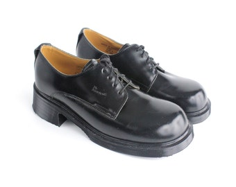 S A L E || size 10.5  |  Doc Martens black leather oxford | vintage black leather shoes | made in England |  43