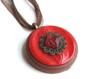 Red Vintage Buttons Necklace with Brown Filigree