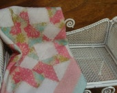 Miniature quilt KATIE ARTHUR dollhouse dark pink star 1:12 scale