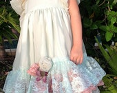 Vintage ruffled Lace Flower Girl dress, rustic wedding, destination wedding, special occassion, custom colors, Tea Party dress