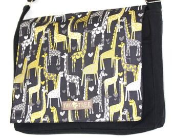 NEW I Heart GIRAFFES Messenger Book Laptop iPAD Diaper BAG