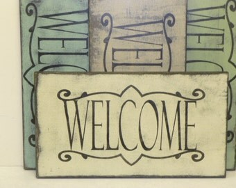 SHABBY WELCOME SIGN / cottage chic welcome  / wood welcome sign / welcome wall sign / hand painted sign / welcome / welcome sign / home dec