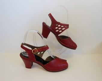 40s shoes / Roughhouse Red Vintage 1940's Peeptoe Shoes