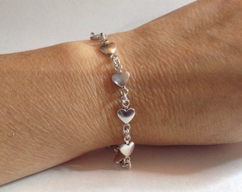 Heart Charm Bracelet, Valentines Heart Jewelry, Heart Bracelet