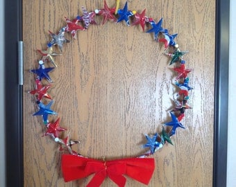 Beautiful Christmas Wreath made out of pop can stars!