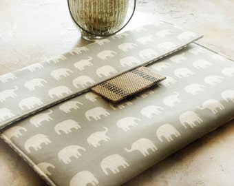 Kindle Case, Kindle Sleeve, Kindle Paperwhite Sleeve, Nook Cover, Kindle Voyage Sleeve, Ereader Case in Grey Elephants and Burlap