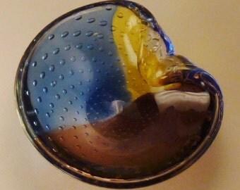 Italian  MURANO GLASS Bowl Seashell blue red yellow air bubbles  scuplturesque 8x7x3 In