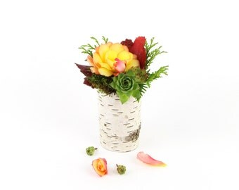 One small birch bark vase with free engraving, Natural