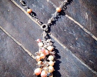 Peach Blossoms Tasseled Necklace