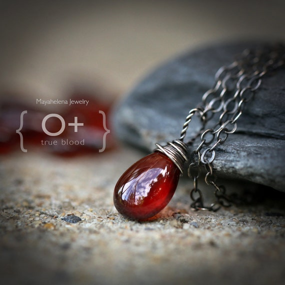 True Blood 0+ - Solitaire Smooth Pyrope Garnet Wire Wrapped Sterling Silver Necklace - January Birthstone