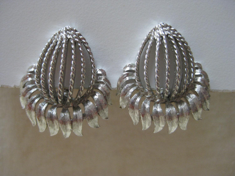 pod silver earrings clip vintage monet