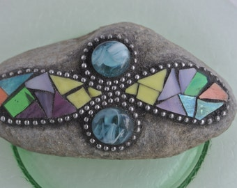 Mosaic Stained Glass Rock Garden Stone/Paperweight