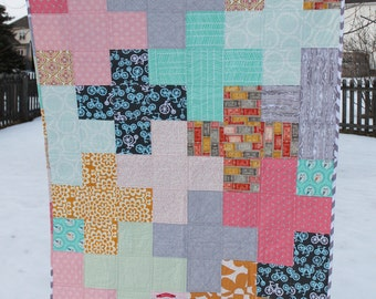 Made to Order - Free Shipping - CUSTOM baby crib quilt - you choose the colors - Plus Quilt Design