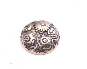 Gold Floral Button, 29mm, 09910AG