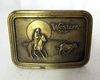 Vintage Western Style Cowboy Calf Roping Belt Buckle - Roper Horse