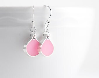 Seattle Earrings in pink resin and sterling silver