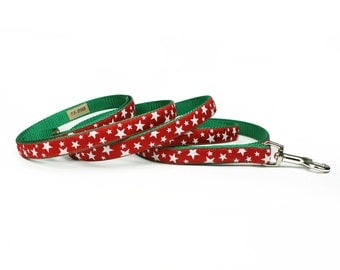 SALE - red stars Christmas leash (1/2 inch) - on green