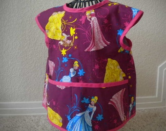 Adorable Princess Art Smock or Apron with a Bright Pink Trim. Size 4t-5t