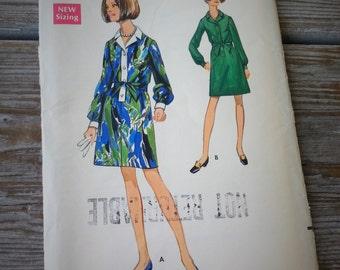 Butterick Misses Dress Pattern 5365 size 12 1/2 Uncut