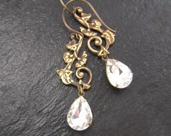 Diamond Crystal Earrings, Vintage Glass Earrings, Vintage Bride, April Birthstone, Wedding, Bridal Earrings