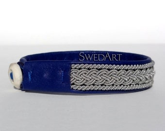 "SwedArt B05 Classic Lapland Sami Leather Bracelet, Antler Button1/2"" Wide Navy Blue X-SMALL"