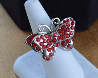 Pretty Vintage Red Rhinestone Butterfly Ring, Silver tone (Q5)