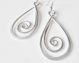 Swirl Drop - Hammered Wirework  Earrings -  Customize your Color