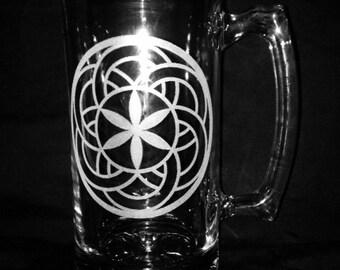 25 Ounce Crop Circle Design Beer Mug