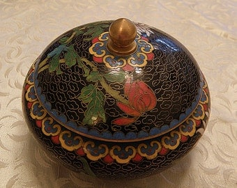 cloisonne lidded round box black with flowers