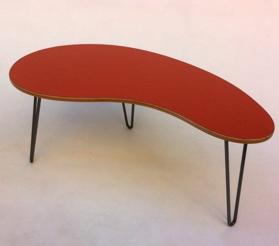 Kidney Bean Shaped Mid Century Modern Coffee Or Cocktail Table