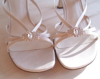 Clips for Wedding Shoes, Shoe Clips, Bridal shoeclips, Summer Wedding, rhinestone fancy womens shoes