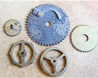 Vintage WATCH PARTS gears - Steampunk parts - g6 Listing is for all the watch parts seen in photos