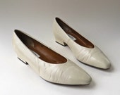 vintage Ivory White Leather Pumps / Preview Collection