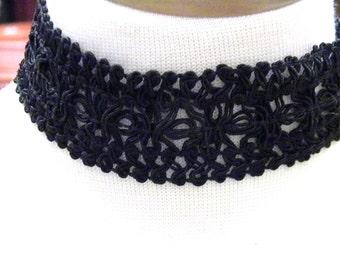 Wide Lace Choker Vintage Black