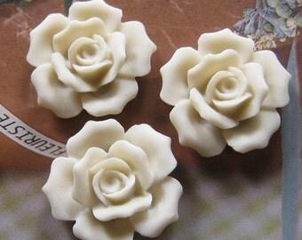 4 pcs 27mm - White Rose Cabochon (CA835-B)