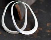 oval hoop earring sterling silver, horseshoe hoop, stirrup hoop, endless self locking hoop, medium size, eco friendly jewelry
