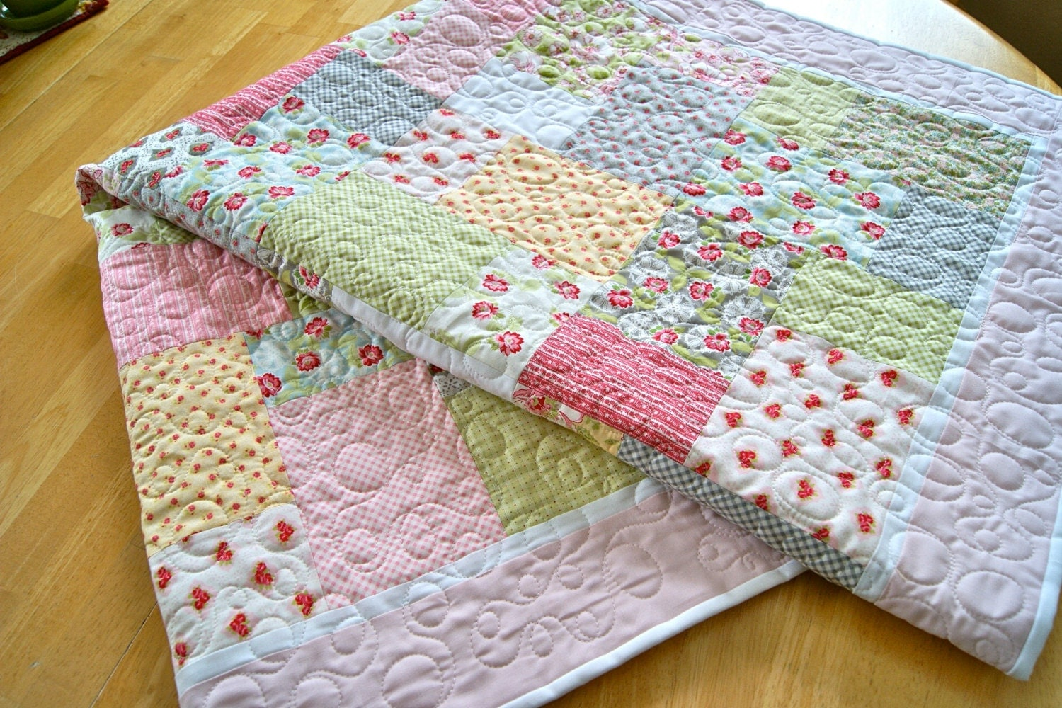 Quilt baby toddler girl crib ambleside moda pastel pink for Quilting material