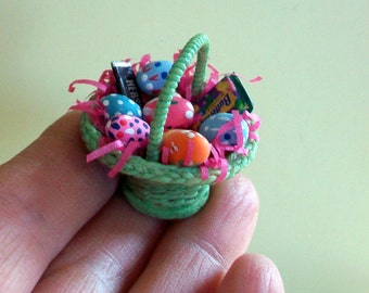 Easter Basket  in green  1:12 scale