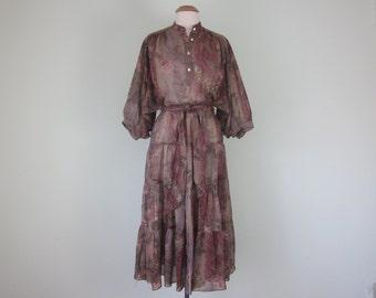 70s floral print bohemian belted mauve autumn dress (m - l)