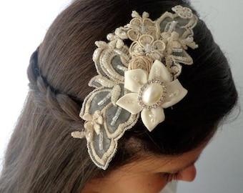 Wedding clip, bridal lace clip, bridal clip, bridal hair comb, bridal lace comb, birdcage veil clip, bridal fascinator, veil,