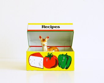 Bright and Happy Vintage Recipe Box / Retro Vegetable Storage Box / Vintage Recipe Tin with Original Cards